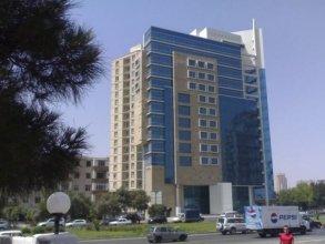 Отель Chirag Plaza Hotel & Business Center