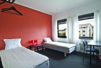 Hotel & Hostel 10