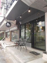 Ekanek Hostel Bangkok - Adults Only
