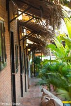 tropic hostel and restaurant