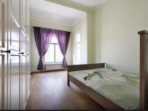 Apartment Svechnoy 5