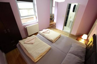 Galata West Hostel (Adults only)