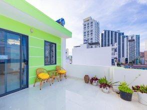 OYO 1028 Flower House Apartment