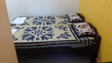 Manali Guest House
