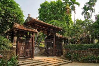 Ancient Hue Garden Houses