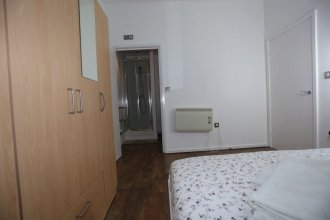 Beautiful 2 beds Woolwich Central Apt