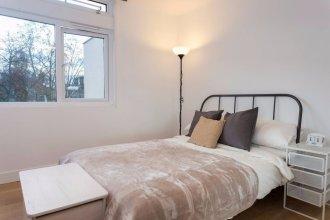 2 Bedroom Apartment near Clapham Common Sleeps 4