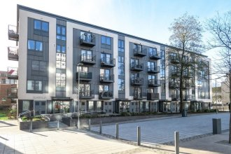 Lovely 2- Bed Flat in North London