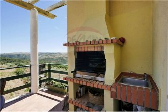 Villa With 3 Bedrooms in Igreja Nova, With Wonderful Mountain View, Pr