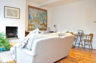 Fantastic 2 Bedroom Flat in Great Location