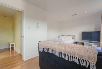 Smart Studio Apartment in Streatham