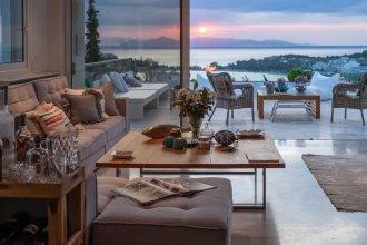 Vouliagmeni Luxury Seaview Apartment