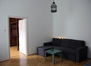 BPM - W8 Central Apartment