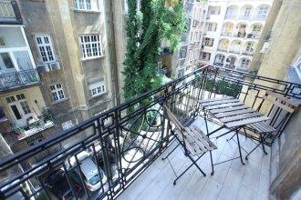 Dfive Apartments - Heroe's Expat