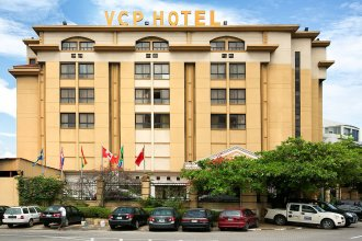 Victoria Crown Plaza Hotel