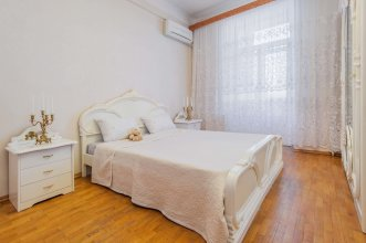 GM Apartment Nikitsky Boulevard