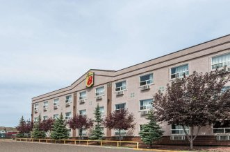 Super 8 by Wyndham Edmonton/West