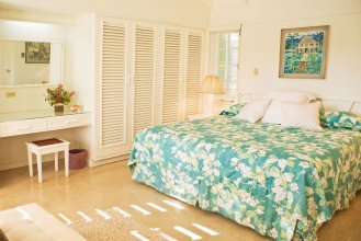 Seagrapes 5br by Jamaican Treasures