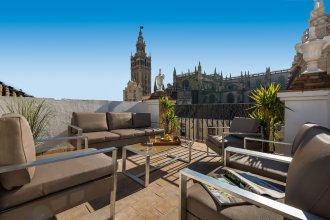 Apartment in Front of the Cathedral. 2 Bedrooms. Catedral I