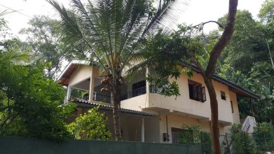 Riverside Homestay Apartments