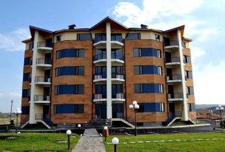 Семейный гостиничный комплекс «Цовасар»