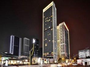 The Atrium Weige Luxury Apartment