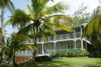 Eco Lifestyle + Lodge