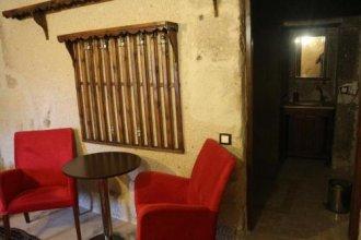 Antique Terrace Suites