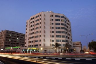 Al Muntazah Plaza
