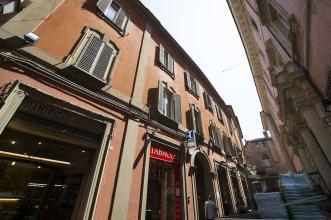 UR-NEST Clavature - Piazza Maggiore Collection