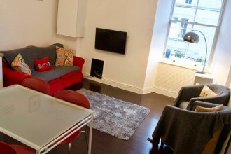2 Bedroom Flat Near Edinburgh City Centre