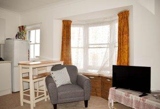 1 Bedroom Kemptown Flat in Prime Location Close to Sea