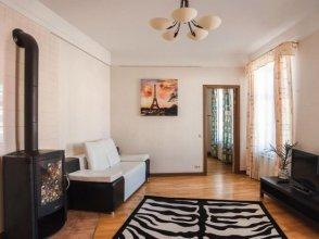 Apartment on Griboyedova 38