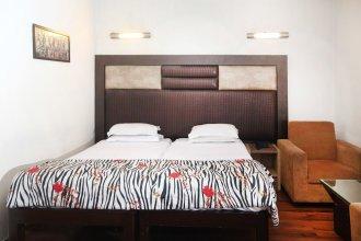 OYO 358 Hotel Golden Leaf