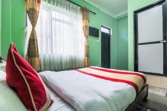 SPOT ON 230 Mount Everest Hotel & Resort