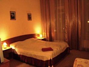 Apartment On Vladimirskiy 8