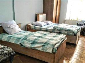 Vareron Hostel