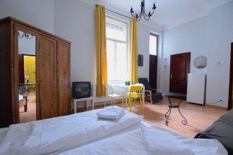 Standard Apartment by Hi5 - Váci 56.