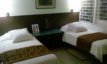 Neita's Nest - Jamaican Bed & Breakfast