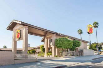 Super 8 by Wyndham Los Angeles/Alhambra