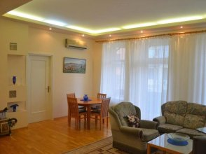 EnjoyMoscow Pushkin Square Apartments