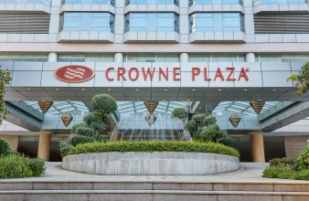 Crowne Plaza Zhongshan Wing on City