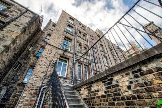 Ultimate Location! Royal Mile 1-bed