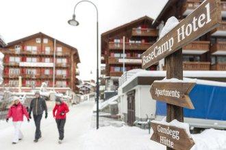 Hotel Basecamp