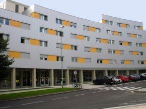 Residencia Manuel Agud Querol (Centro Adscrito a la REAJ)