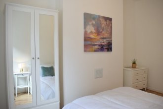 One Bedroom Apartment in Bayswater