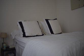 1 Bedroom in Bonne Nouvelle