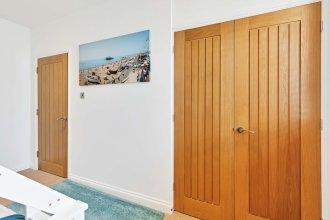 Seaview Heights-2 Bedroom Loft Style Apt