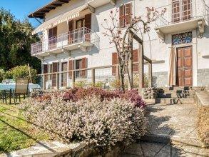 Garden-view Holiday Home in Verbania Near Seabeach