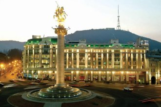 Отель Courtyard by Marriott Tbilisi